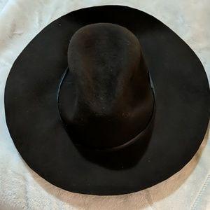 Ae brown floppy hat